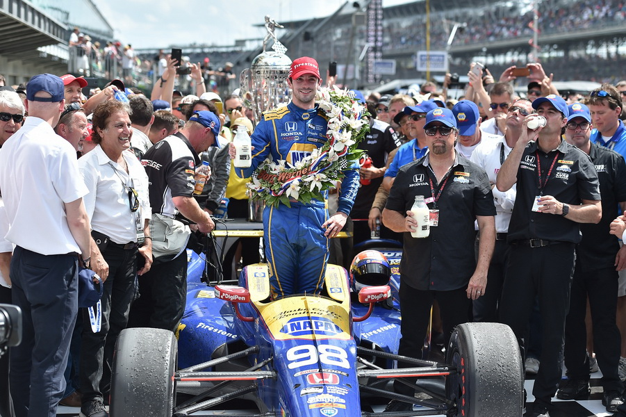 Photo_Firestone Dealers Experience 2016 Indianapolis 500-Mile Race (2)Alexander Rossi Wins